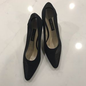 Anne Klein pumps size 8 black